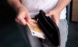 Minimali alga kitąmet gali ūgtelėti tik vienu kitu euru