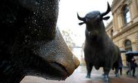 Akcijų brangimo apžavėtiems investuotojams – įspėjamieji signalai