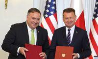 M. Pompeo pasirašė sutartį dėl dalies JAV kontingento perkėlimo iš Vokietijos į Lenkiją