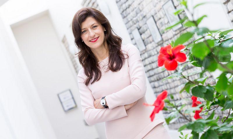 """Aurelija Kazlauskienė, """"Lietuvos draudimo"""" valdybos narė bei Strategijos, klientų ir marketingo departamento direktorė. Juditos Grigelytės (VŽ) nuotr."""