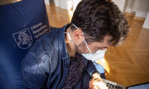 Valstybės rezervą pasiekė dar 90.000 respiratorių