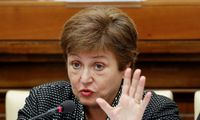 """TVF vadovė K. Georgieva perspėjo, kad pasaulinė ekonomikos krizė """"dar toli nuo pabaigos"""""""