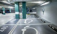 Išgirdo verslo balsą: kompensacijos už elektromobilius pasieks ir įmones