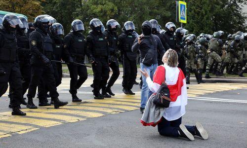 Dar viena protestų diena Minske: pranešta apie provokaciją, sulaikyti keli šimtai žmonių