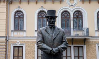 Pristatomi 7 paminklo prezidentui A. Smetonai Vilniujeprojektai