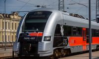 Planuojama keleiviniu traukiniu kitąmet sujungti Vilnių ir Varšuvą