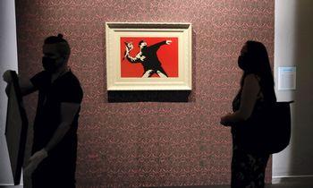 Banksy prarado prekių ženklo teises į vieną iš savo garsiausių kūrinių