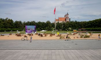 Ministras: savivaldybei siūloma keisti sutartį dėl Lukiškių aikštės, arba ji bus perimta