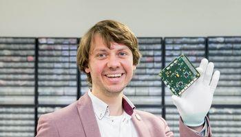 """NASA užsakymų gaunanti """"NanoAvionika"""" apdovanota """"Europos burių"""" konkurse"""