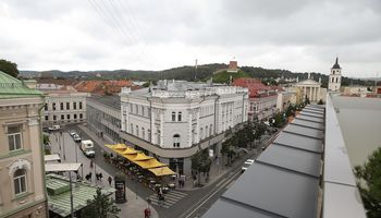 """""""Lords LB"""" fondas pasirašė Vilniaus centrinio pašto įsigijimo sutartį"""