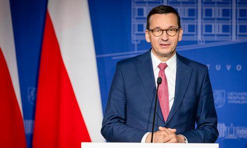 Lyderiauti Baltarusijos klausimu Lenkijai koją kiša vidaus politikos žaizdos