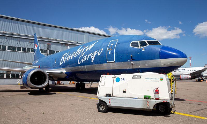 """Užsakomųjų skrydžių bendrovė """"KlasJet"""" pandemijos metu gelbėjosi krovininiu """"Boeing 737"""". Juditos Grigelytės (VŽ) nuotr."""