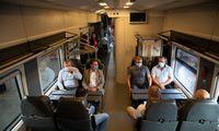 Vietiniais traukinių maršrutais vasarą keliavo 18% mažiau žmonių