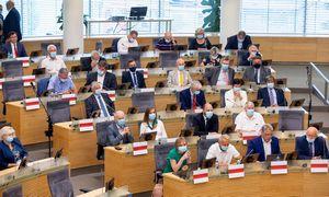 Bus išplėstas sankcijų Baltarusijos pareigūnams sąrašas