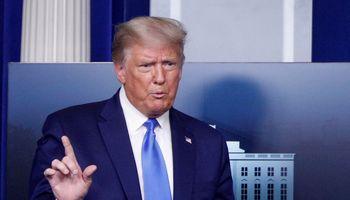 D. Trumpas neatmeta, kad pralaimėjęs rinkimus neperduos valdžios