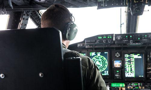 Šiauliuose svarsto kurtis karinių orlaivių pilotus rengianti bendrovė
