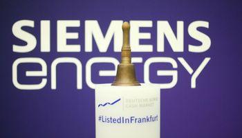 """""""Siemens"""" padalinio debiutas biržoje – su nusivylimu"""