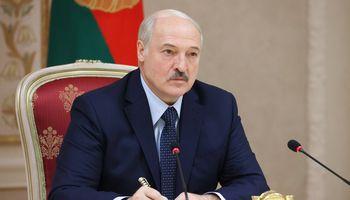 Minskas skelbia atsakomąsias sankcijas Baltijos šalims