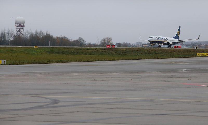Kauno oro uostas ieško būdų mažinti išlaidas elektros energijai. Vladimiro Ivanovo (VŽ) nuotr.