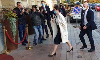 S. Cichanouskaja: E. Macronas pažadėjo padėti siekti derybų dėl krizės sprendimo