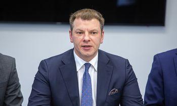 Finansų ministras: būtina mažinti valstybės skolą
