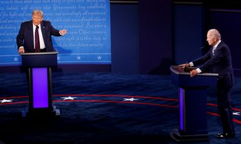 Pirmieji JAV prezidento rinkimų debatai – ugningi ir chaotiški