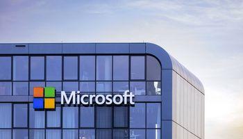 "Visame pasaulyje stringa ""Microsoft Outlook"""