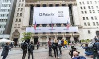 """Investuotojai graibsto biržos naujokų akcijas – """"Palantir"""" ir """"Asana"""" raliai"""