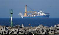 """""""Gazprom"""" savo laivą, galintį užbaigti """"Nord Stream 2"""" tiesimą, grąžina į Kaliningradą"""
