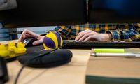 Darbuotojų mokymai iš kabinetų keliasi į kompiuterinius žaidimus