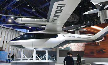 """Skraidančių automobilių pažadus dalija ir """"Hyundai"""""""
