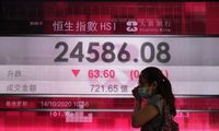 """Pasaulio biržos – be krypties, """"Ignitis"""" per savaitę – minus 3%, Londone – minus 6%"""