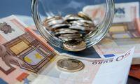 Antros pakopos pensijų fondų vienetų vertė šiemet smuko 2%, trečios – 1,3%