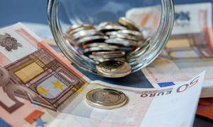 Antros pakopos pensijų fondų vienetų vertė šiemet smuko 2%