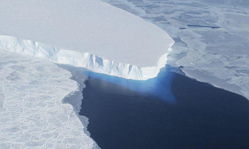 "Tveitso ledynas. NASA / ""Reuters"" / ""Scanpix"" nuotr."