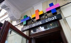 Vyriausybė sutrumpino barų ir restoranų darbo laiką iki vidurnakčio