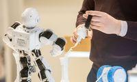 PEF: po 5 metų žmogaus ir mašinų darbas pasiskirstys po lygiai