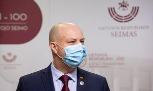 Ministras A. Veryga prognozuoja daugiau koronaviruso rekordų