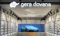 """""""Geros dovanos"""" parduotuvėse įspūdį kuria milžiniški LED ekranai"""
