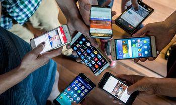 """""""Apple"""", """"Samsung"""" ir kiti didieji gamintojai iki Kalėdų žada naujų įrenginių"""