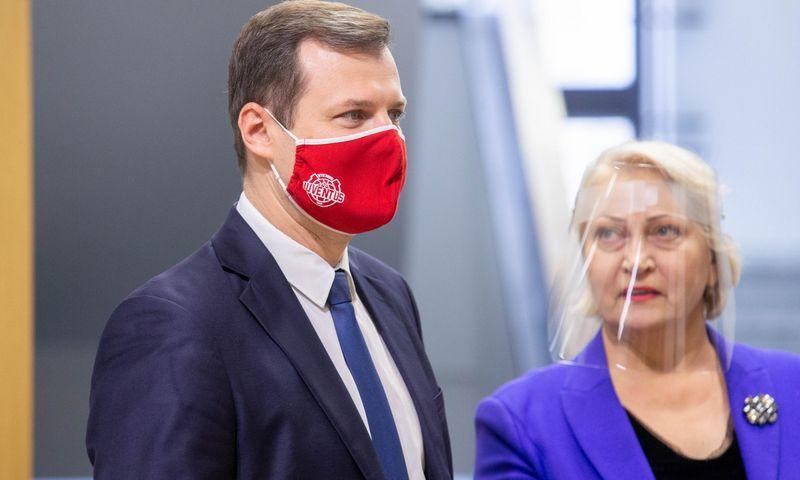 Socialdemokratų partijos lyderis Gintautas Paluckasir dabartinė Seimo frakcijos seniūnė Rasa Budbergytė. Juditos Grigelytės (VŽ) nuotr.