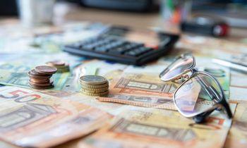 Estų ir latvių sėkmė atgaivino svarstymus apie nulinį mokestį reinvestuojamam pelnuiLietuvoje