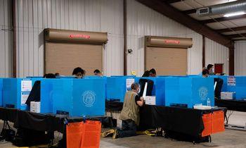 JAV fiksuojamas išankstinio balsavimo rekordas
