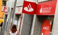 """""""Santander"""" bankas pranoko lūkesčius"""