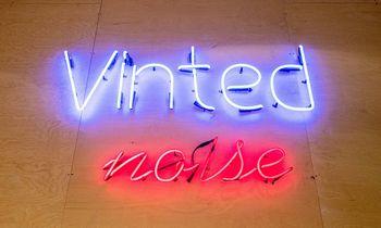 """""""Vinted"""" Nyderlanduose įsigijo naudotų mados prekių prekybos platformą """"United Wardrobe"""""""