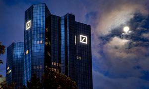 Didžiausias Vokietijos bankas vėl pelningas, viršijo lūkesčius