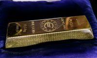 Smuko aukso paklausa, centriniai bankai pirmąkart per dešimtmetįpardavinėjo auksą