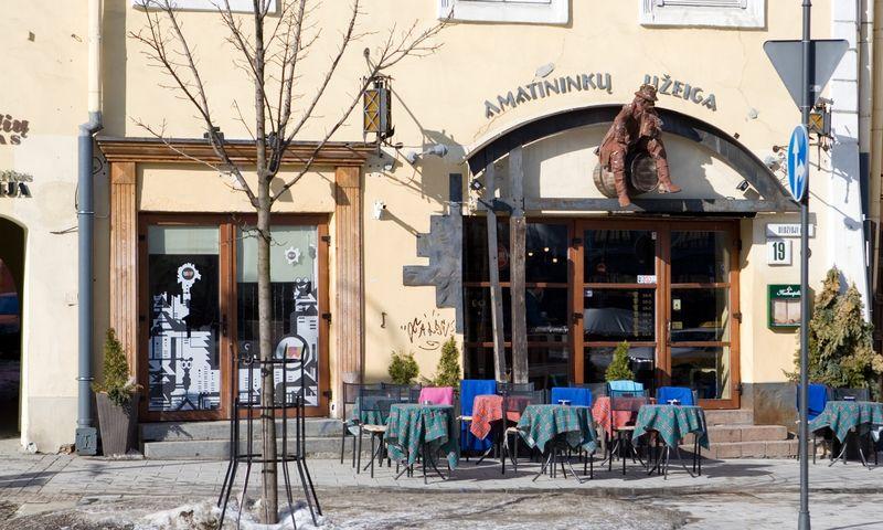 """Restoranas """"Amatininkų užeiga"""" Vilniaus senamiestyje. Vladimiro Ivanovo (VŽ) nuotr."""