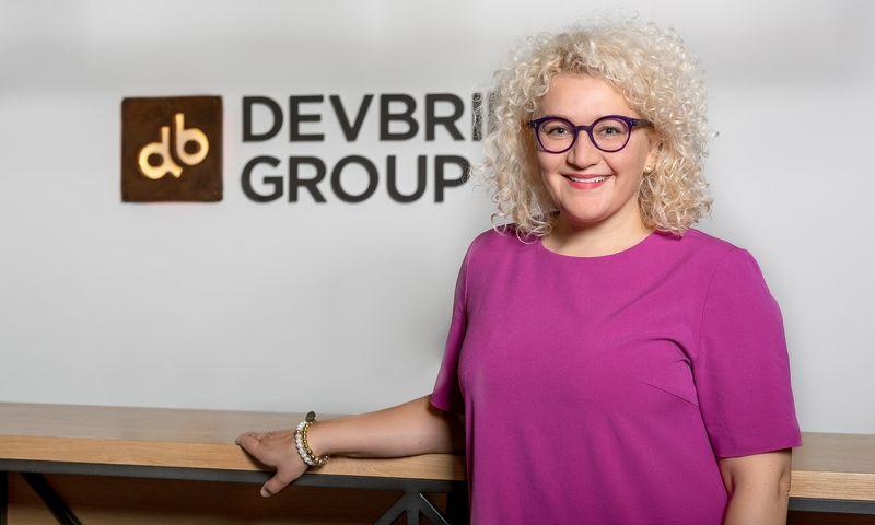 """JAV programavimo paslaugų įmonėje """"Devbridge"""" komunikacijos direktorės pareigas pradėjo eiti Rasa Petruškevičiūtė."""
