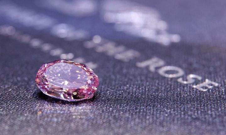 Parduotas didžiausias pasaulyje rausvasis deimantas